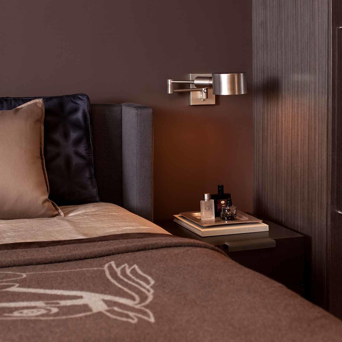 Bedroom interior design by NYC's top interior design firm Darci Hether New York