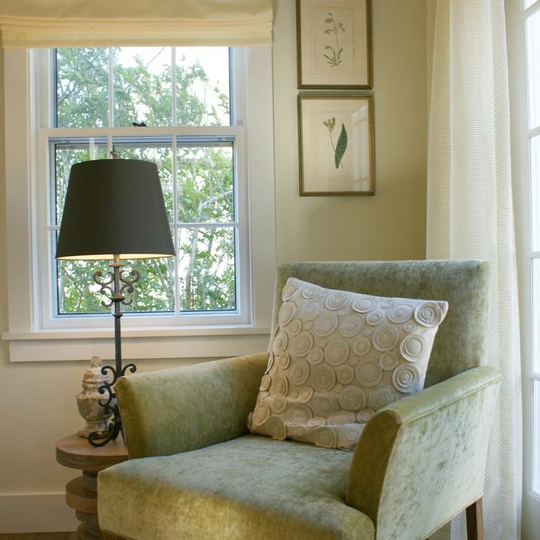 Living room interior design in Nantucket by Darci Hether New York