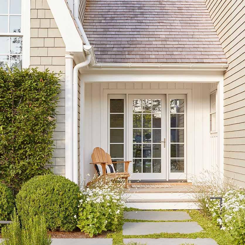 Family home interior design in Bridgehampton, NY by Darci Hether New York