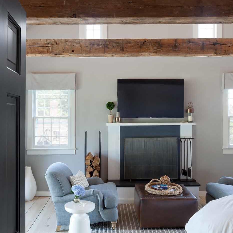 Beach style living room interior design by Darci Hether New York