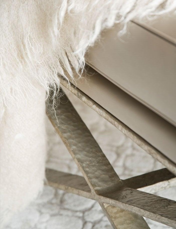 ex-base stool interior design