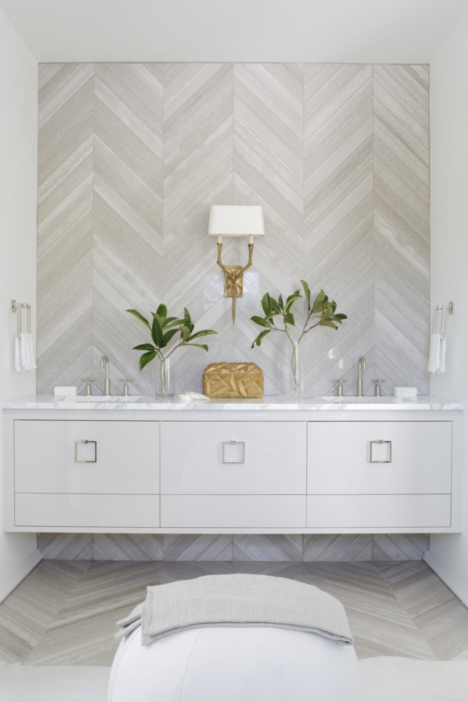accent wall in chevron off-white marble tile