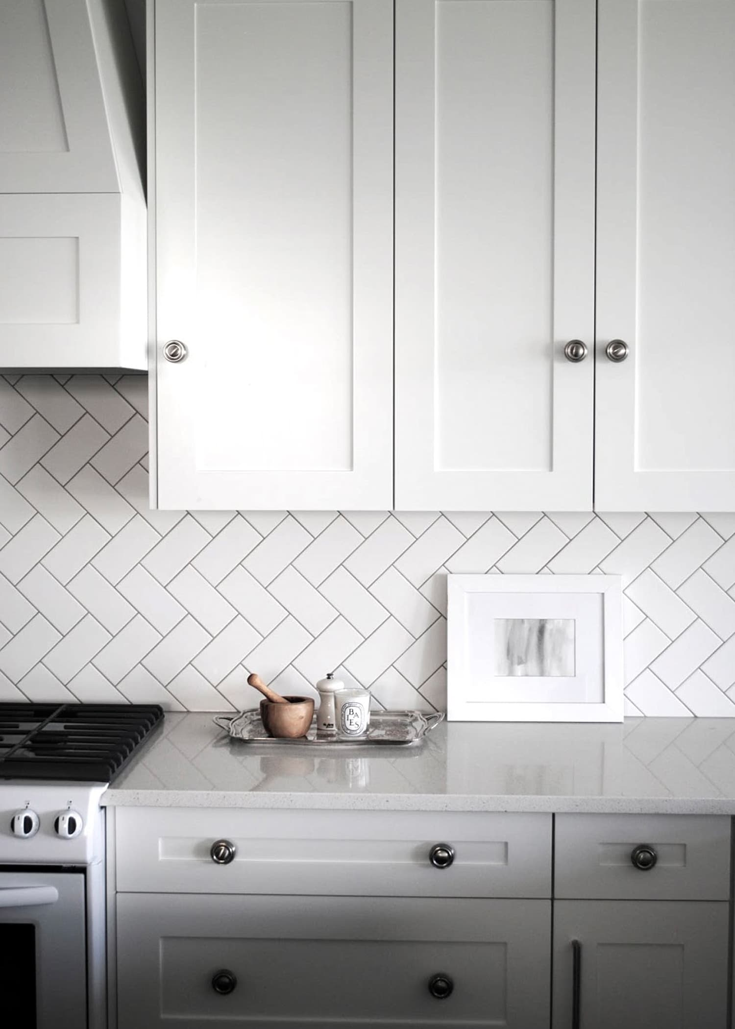 90 degree herringbone subway tile