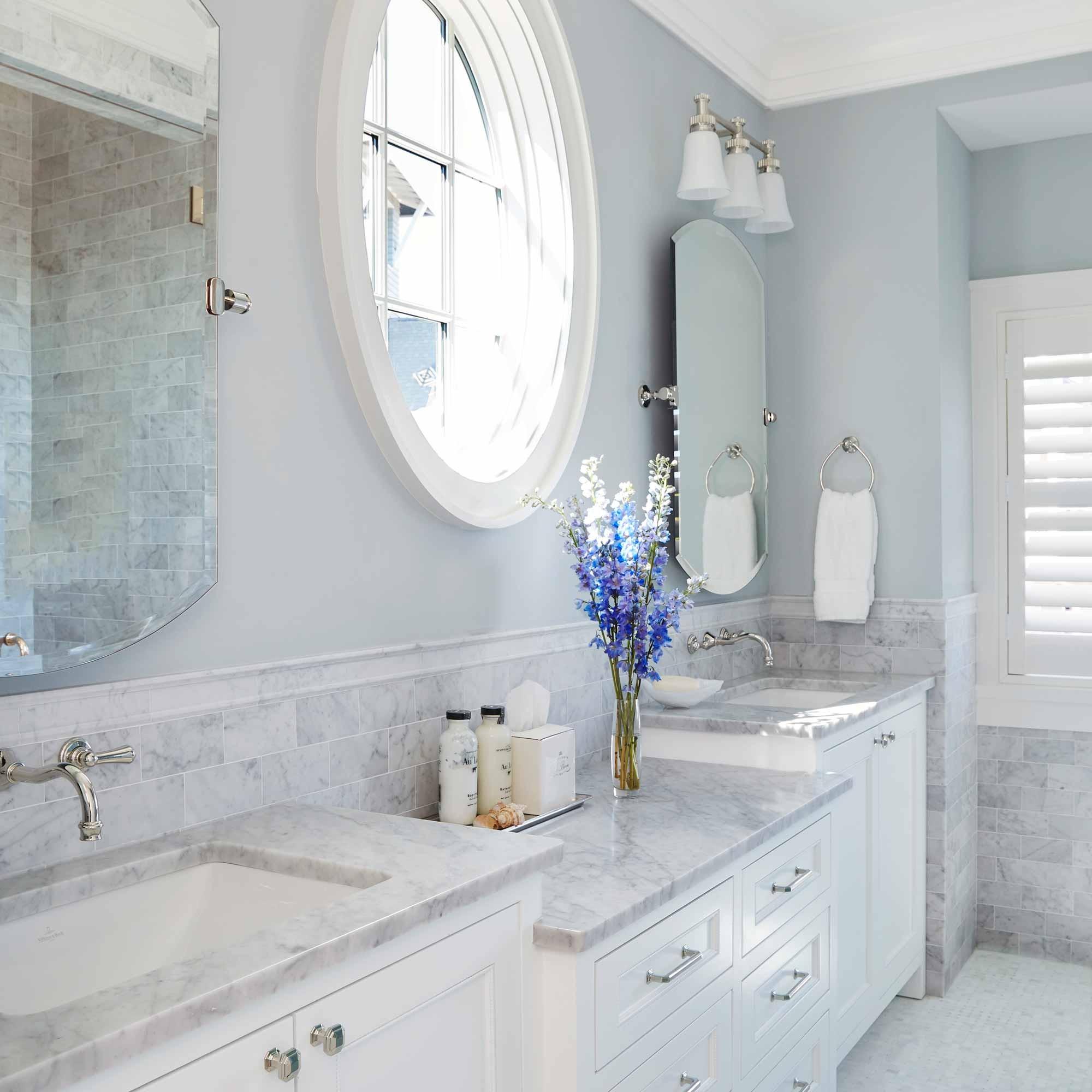 Guest bath interior design in Watersound beach by Darci Hether New York