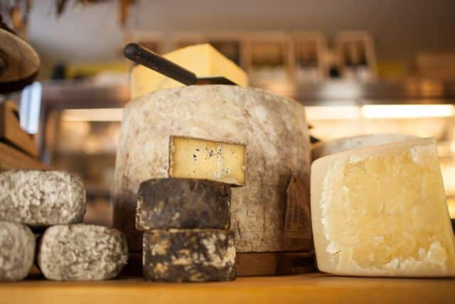 cavaniolas cheese shop is one of my favorite places in the hamptons! here are the top 10 hamptons destinations - darci hether new york