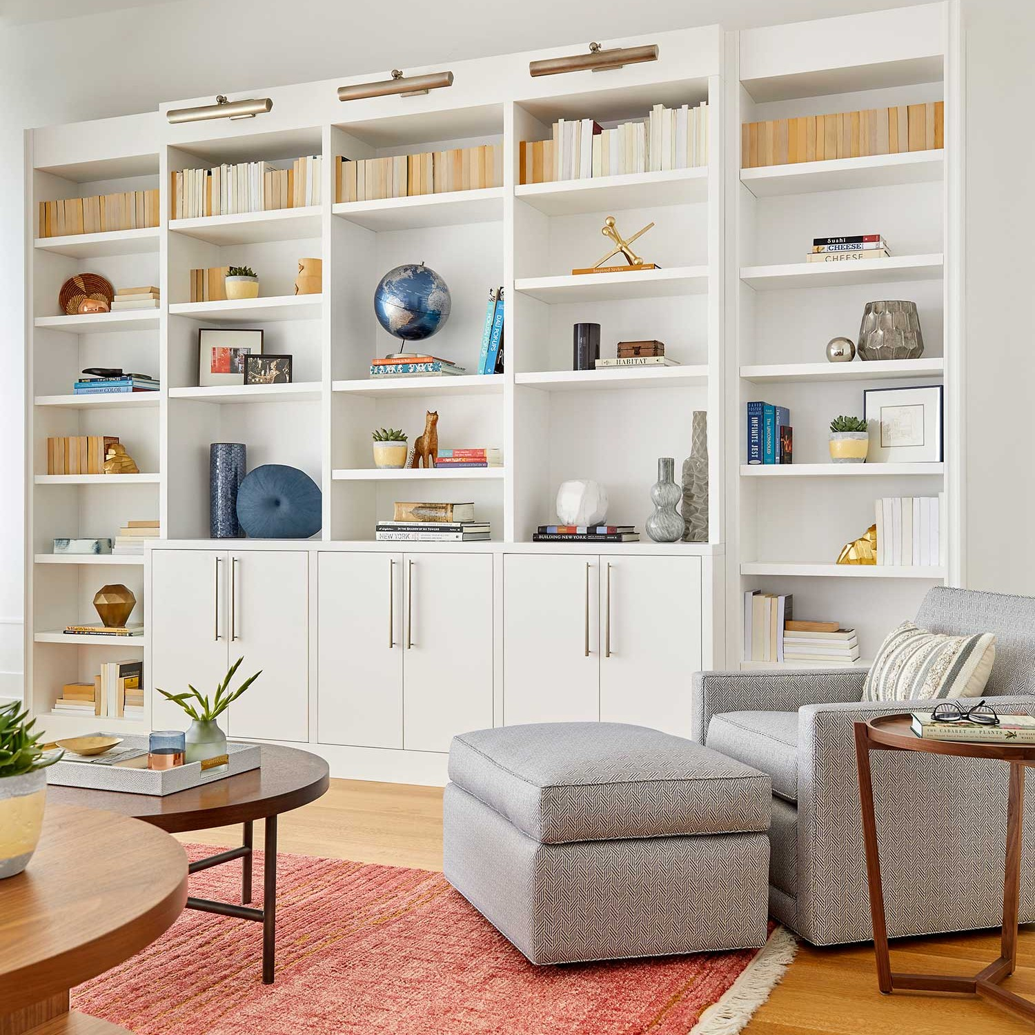 how to style a custom bookcase