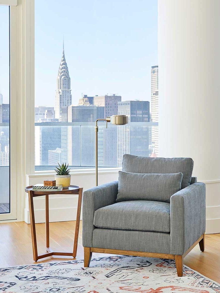 Cozy book lovers' respite interior design by NYC's top interior design firm Darci Hether New York