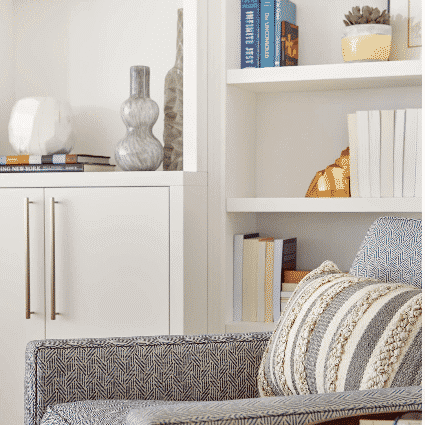 How to style your bookcase like a pro – Blog by Darci Hether New York