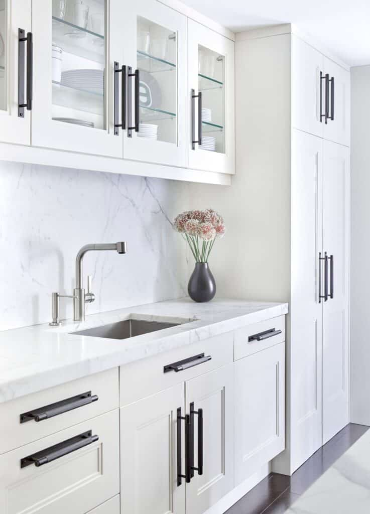 darci hether new york bachelor pad renovation kitchen white marble contemporary elegant luxury