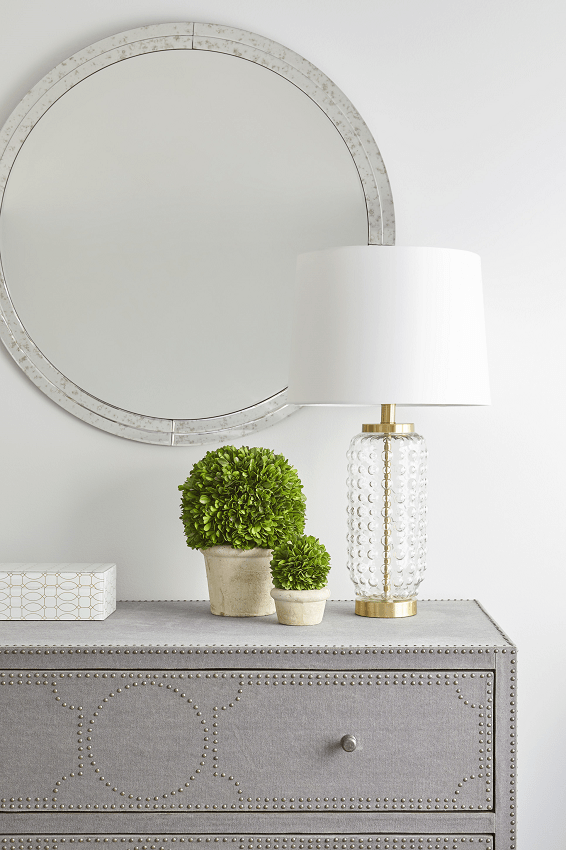 darci-hether-new-york_interior-design_full-service-interior-design-your-fresh-start-in-the-new-year_dresser-with-lamp-and-mirror-and-greenery
