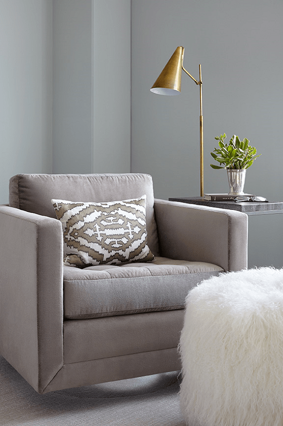 darci-hether-new-york_interior-design_full-service-interior-design-your-fresh-start-in-the-new-year_living-room-accent-chair-with-side-table-and-lamp-and-faux-fur-ottoman