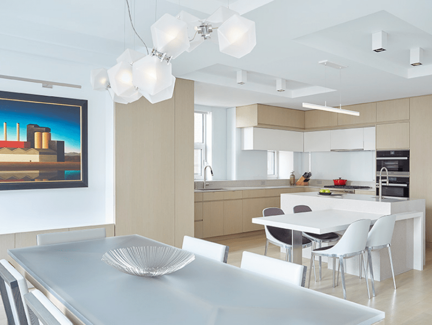 darci-hether-new-york_interior-designer_3-misconceptions-about-renovation-timelines_what-you-need-to-know_open-concept-dining-room-and-kitchen-in-modern-space