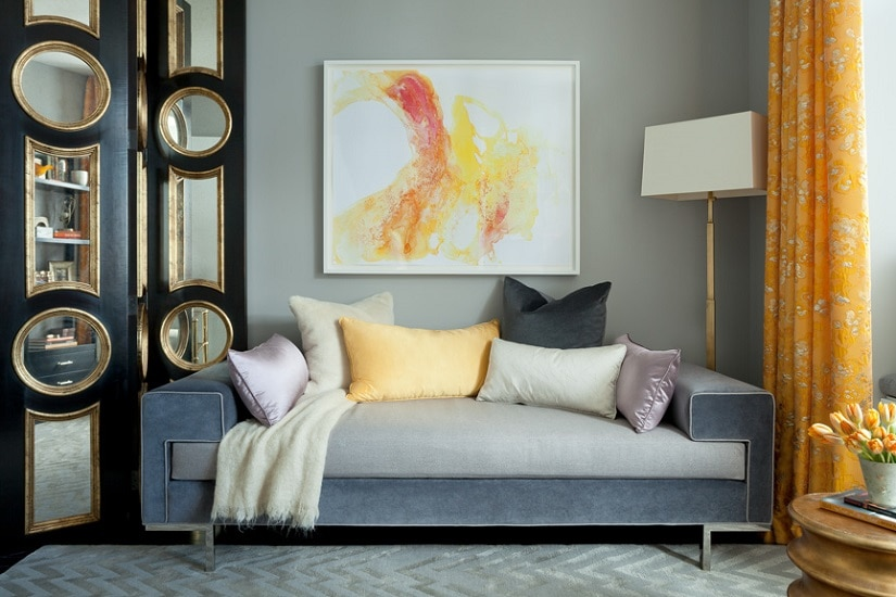 darci-hether-new-york_interior-designer_an-inside-look-what-it-is-really-like-to-work-with-an-interior-designer_colorful-living-room-with-modern-sofa
