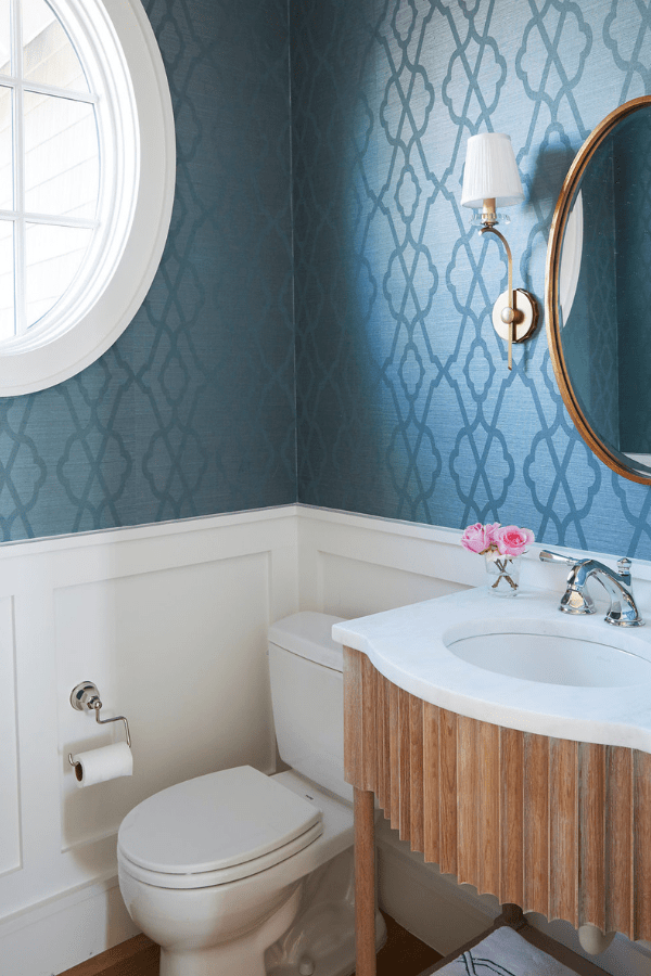 darci-hether-new-york_interior-designer_how-to-use-mixed-metals-to-create-a-luxury-look-in-your-bathroom_boutique-powder-room-in-florida-30a-region-home